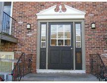 14 Woodman Way Apt 9, Newburyport, MA 01950