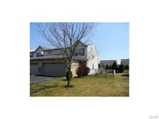 2810 Sequoia Dr, Lower Macungie Township, PA 18062