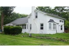 12625 W Pleasant Valley Rd, Parma, OH 44130