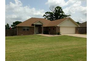 21 Jewel Dr, Mulberry, AR 72947