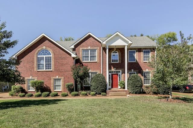 1013 tower hill ln hendersonville tn 37075 home for