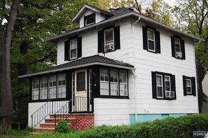 1699 Teaneck Rd, Teaneck, NJ 07666