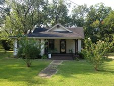 13966 Main St, Brooksville, MS 39739