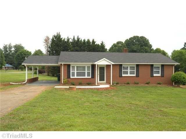 6154 Quinn St, Clemmons, NC
