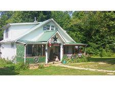 1725 Connett Rd, Nelsonville, OH 45764