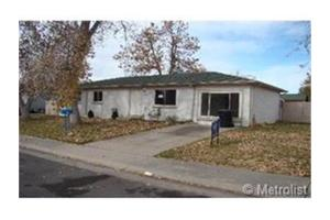 13193 Robins Dr, Denver, CO 80239