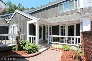 20607 Highland Hall Dr, Montgomery Village, MD 20886