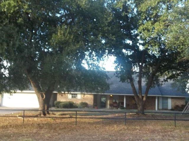 236 Swamp City Rd, Gladewater, TX 75647