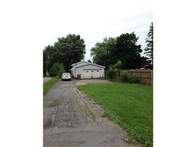 2827 William St, Cheektowaga, NY