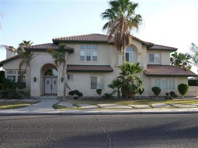 1090 Holdridge St, Calexico, CA