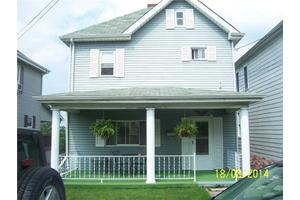 50 W Vine St, Mount Pleasant Township, PA 15666