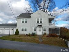 2577 W Bullshead Rd, Allen Township, PA 18067