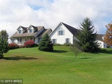 214 Green Valley Dr, Reedsville, WV 26547