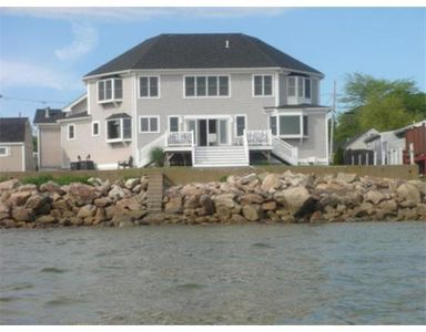 41 Bayview Ave, Fairhaven, MA
