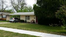 5885 Tracyne Dr, Westworth Village, TX 76114