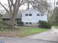 22 Downs Cir, Wynnewood, PA 19096