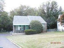 1015 Brook Ave, Secane, PA 19018