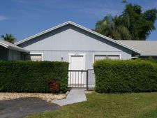 8731 Sol Ter, Lake Park, FL 33403
