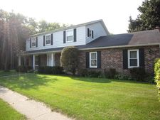 40297 N Sunset Ct, Antioch, IL 60002