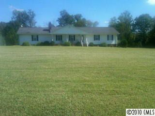 Photo of 2475 Centenary Church Rd, Mount Ulla, NC 28125