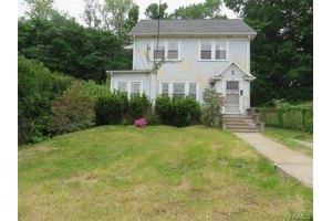 143 Prospect Ave, White Plains, NY 10607
