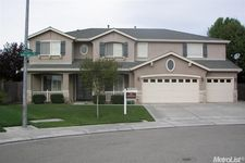 2297 Ivory Lace Ave, Manteca, CA 95337