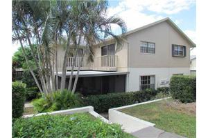 7413 SE Jamestown Ter, Hobe Sound, FL 33455