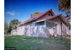 1079 12th Ave SE, Minneapolis, MN 55414