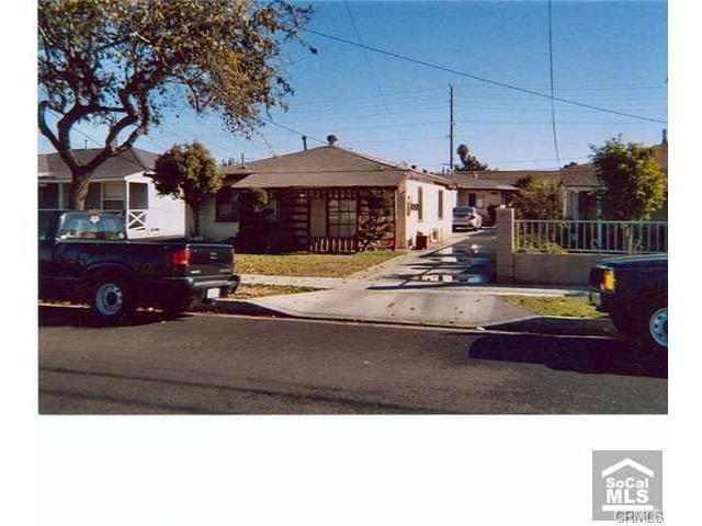 15326 avis ave lawndale ca 90260. Black Bedroom Furniture Sets. Home Design Ideas