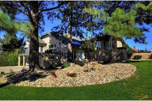 4610 Carriage Hills Dr, Rapid City, SD 57702