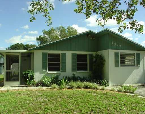 1477 Honore Ave, Sarasota, FL 34232