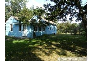 19500 E Bethel Blvd NE, East Bethel, MN 55011