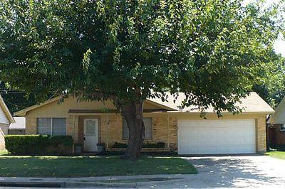 2960 Fyke Rd, Farmers Branch, TX