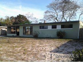 1049 Azalea Ln, Cocoa, FL