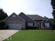107 Eagle Glen Dr, Woodstock, GA 30189