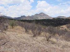 21 Western Saddle Ct, Tubac, AZ 85646