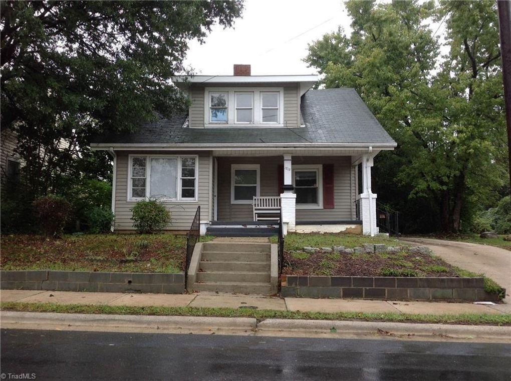 1218 E Washington St Greensboro Nc 27401 Realtor Com 174