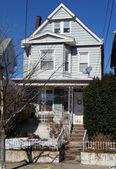 125 W 3rd St, Bayonne, NJ 07002