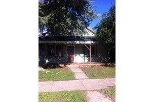 958 Franklin St, Red Bluff, CA 96080