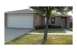 5425 Blue Quartz Rd, Fort Worth, TX 76179