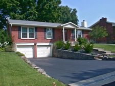 9811 Somerford Rd, Louisville, KY 40242