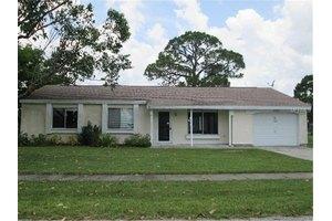 2563 Fairbrook St, North Port, FL 34287