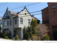 17 Water Bell St Unit Dutch, Groton, CT 06355