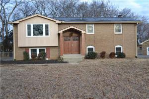 319 Tyne Ct, Old Hickory, TN 37138