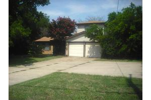 2607 W Green Oaks Blvd, Arlington, TX 76016