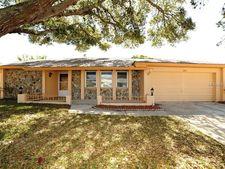 1950 Kingfisher Dr, Palm Harbor, FL 34683