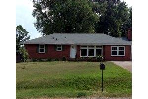 2845 Twin Lawn Dr, Nashville, TN 37214