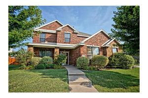 117 Fox Hollow Blvd, Forney, TX 75126