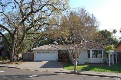 2733 Creekside Rd, Santa Rosa, CA