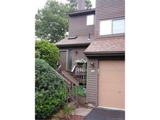 900 Mix Ave Apt 126, Hamden, CT 06514